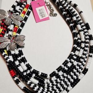 Vintage - Sassy Jones - Kibibi Necklace/Bib